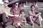 Ann_Dunham_with_father_and_children enlarged
